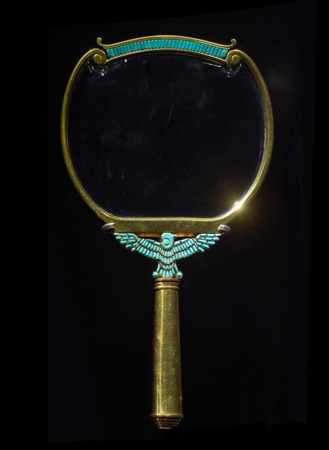 宝格丽珍藏—传奇影后伊丽莎白·泰勒的珠宝11.jpg