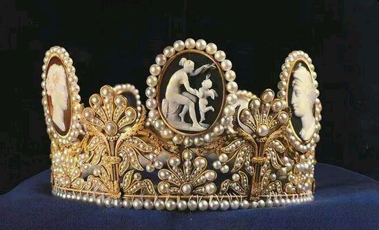 『美宝赠佳人』拿破仑的妻子—法兰西帝国的皇后—约瑟芬5.jpg