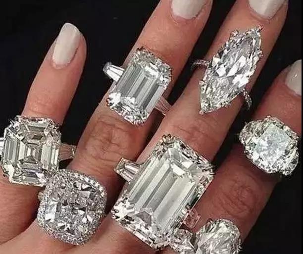 钻石怎么挑选才能高大上?2.jpg
