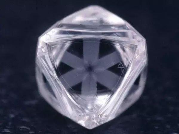 宝石中的达碧兹现象24.jpg